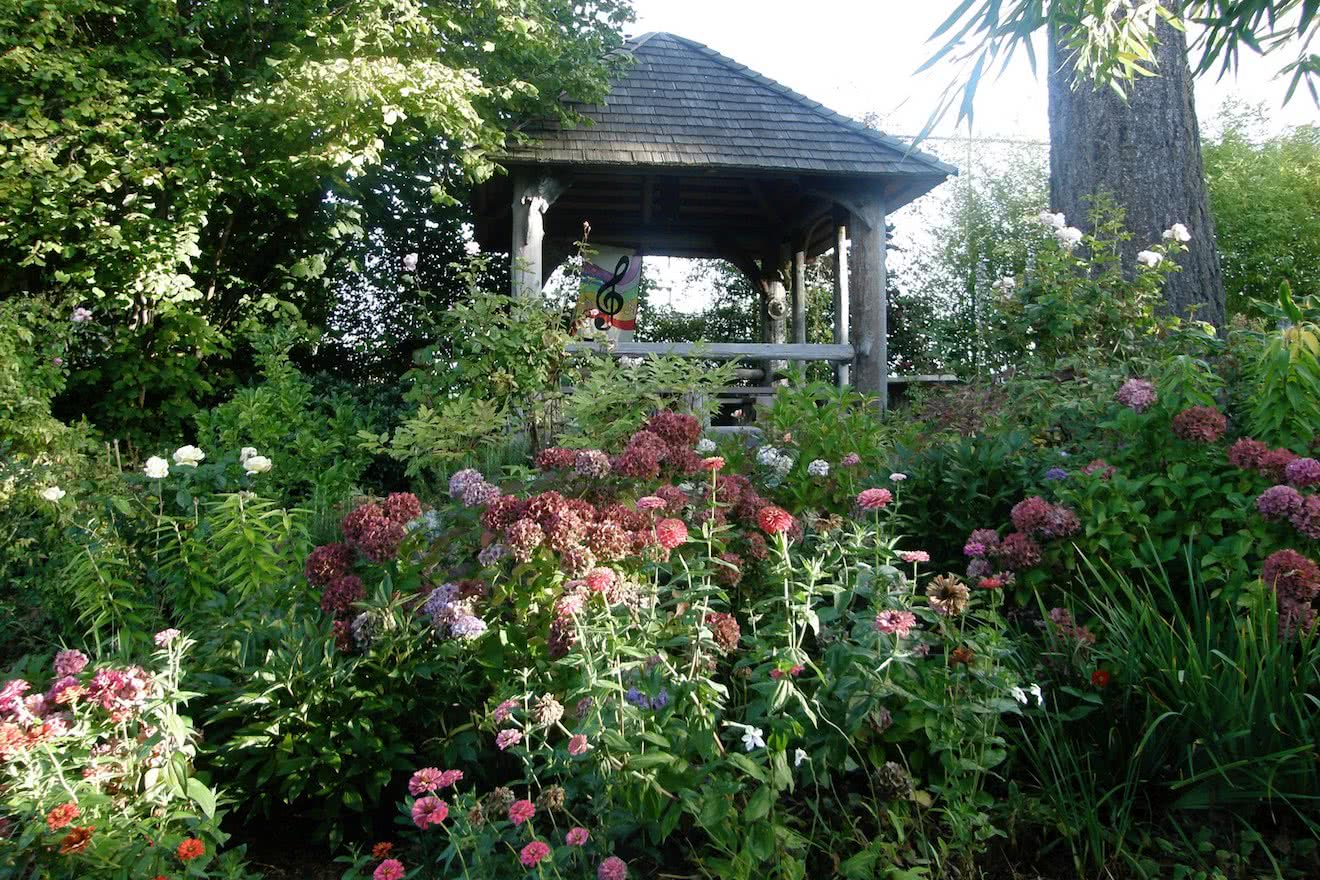 A garden at a bed & breakfast in Powell River