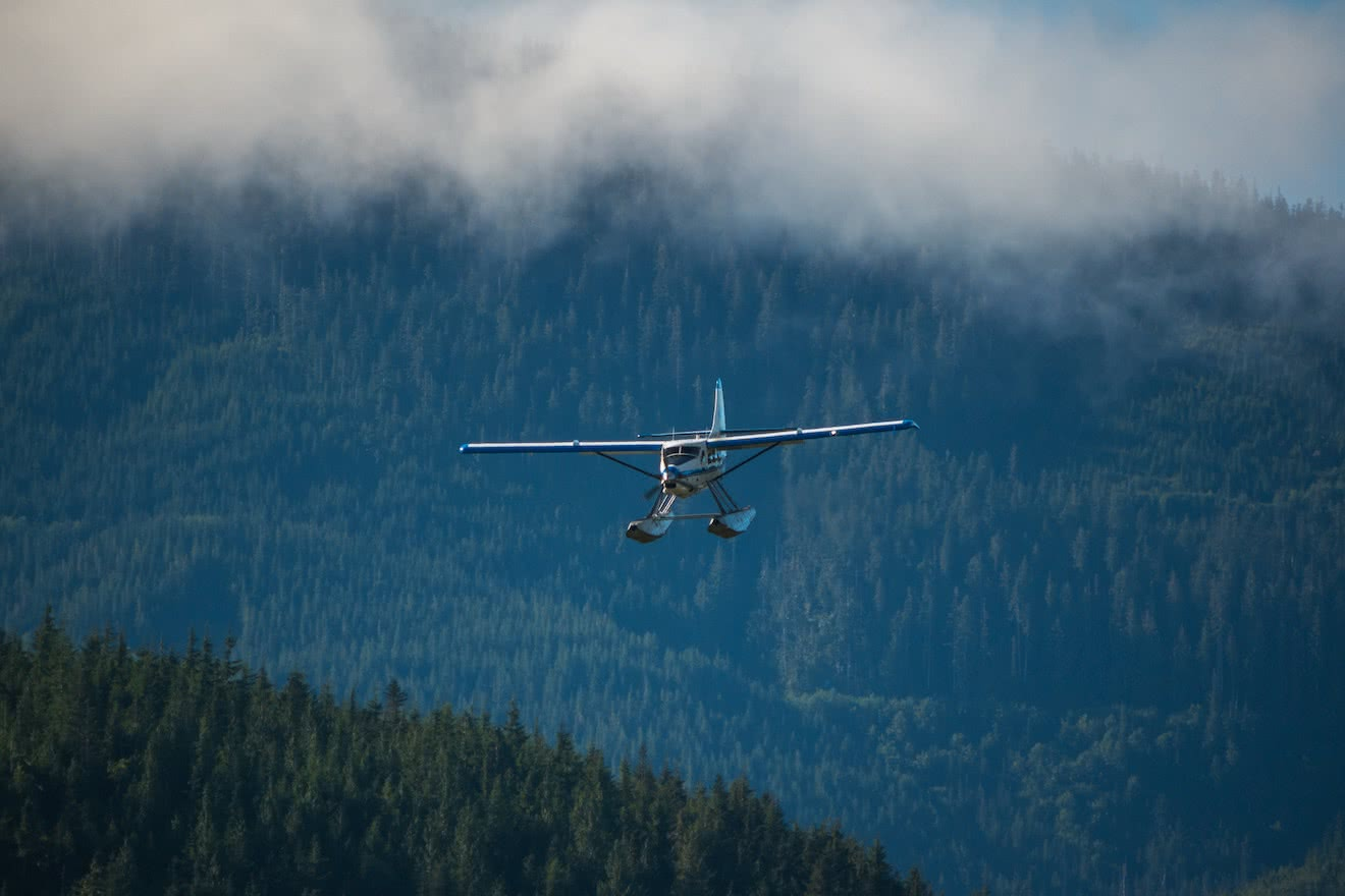 A float plane landing during travel to Powell River, BC