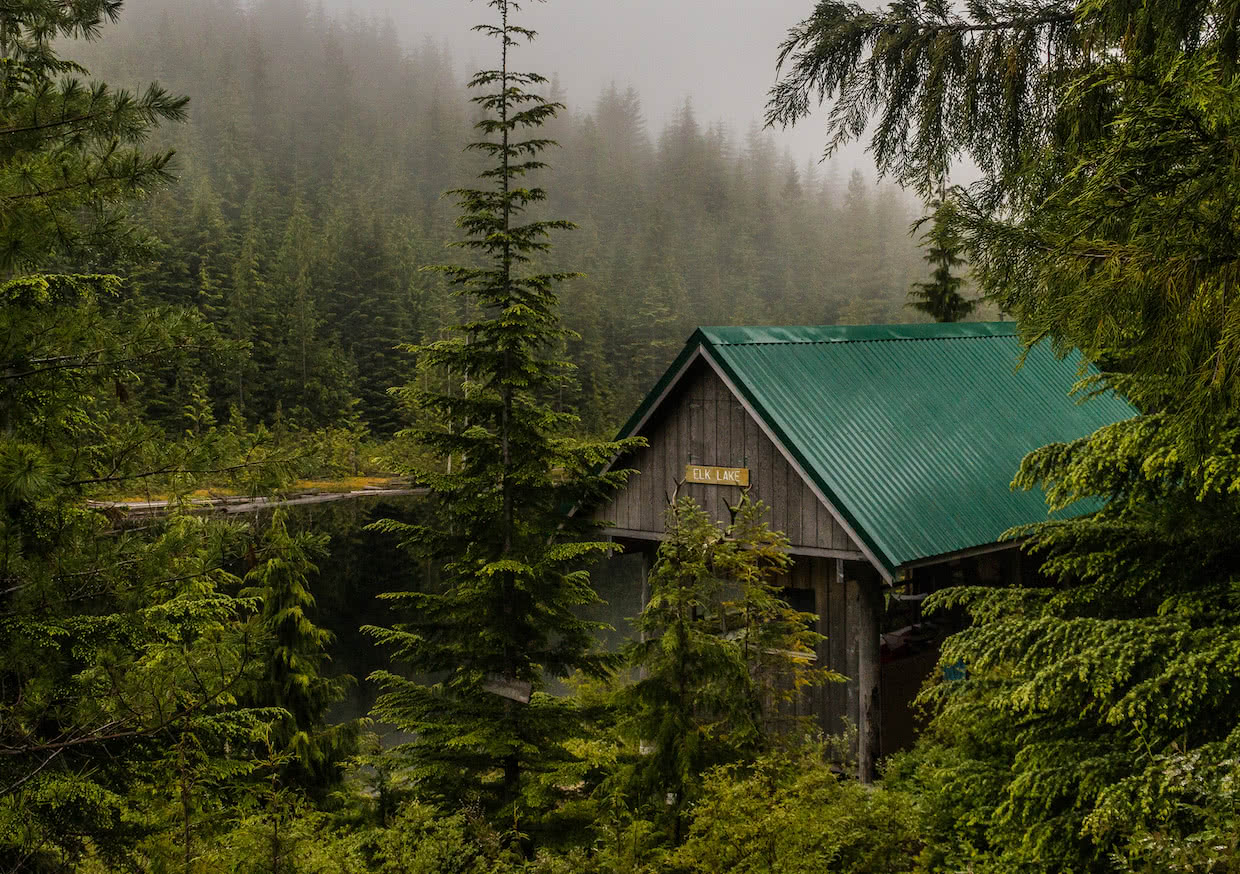 Elk Lake hut on the Sunshine Coast Trail, Powell River, BC