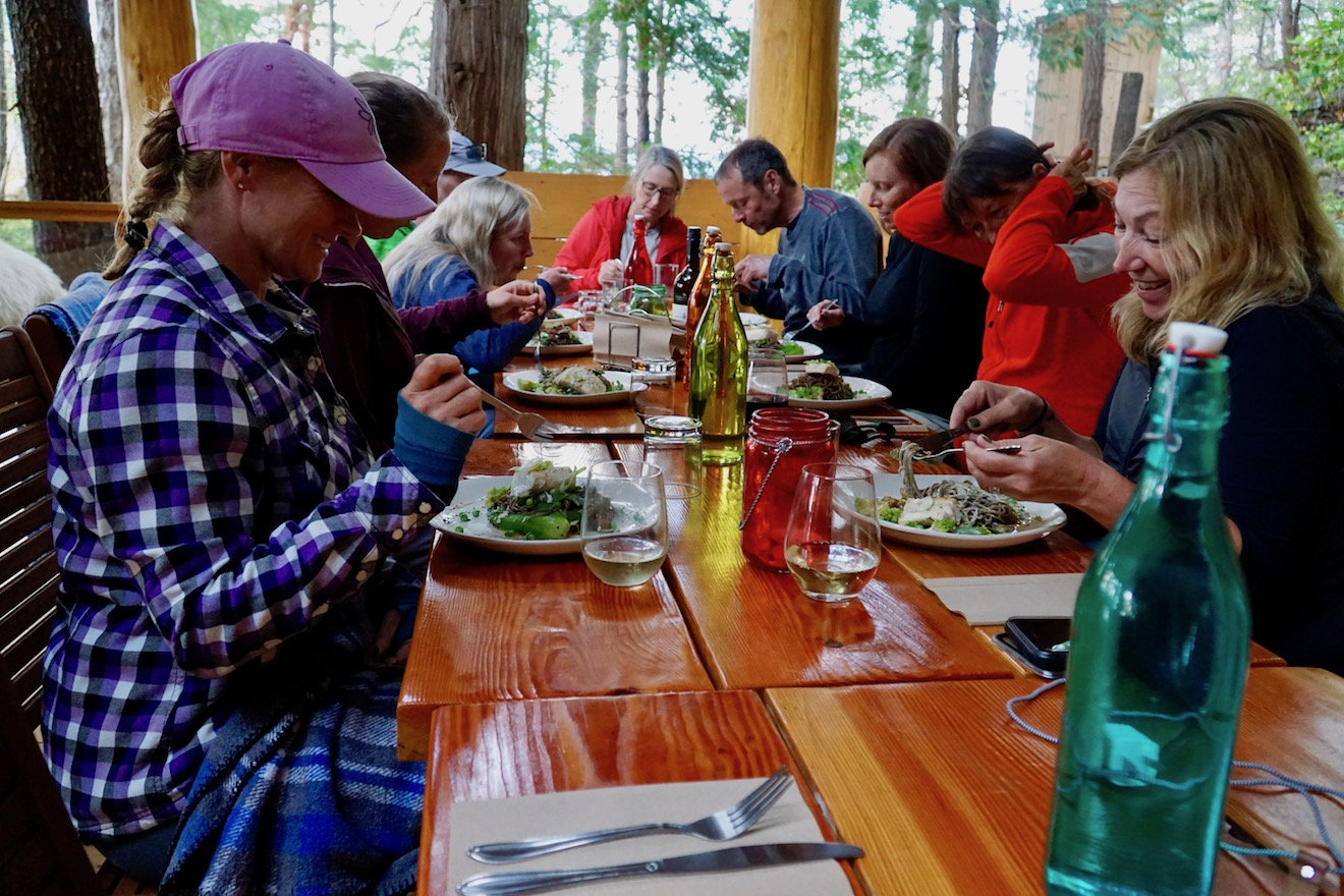 A group of people starting to eat at Cabana Desolation Eco Resort