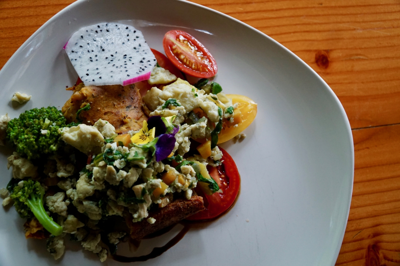 A colourful and fresh breakfast at the Cabana Cafe